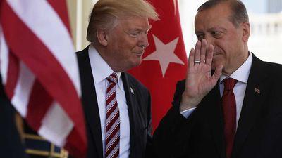 Erdogans un Tramps apspriež drošības zonas izveidi Sīrijā