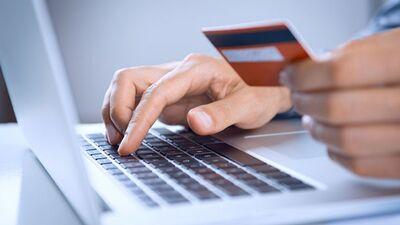 Elektroniskie rēķini nedrīkst būt vienīgā iespēja, uzskata Timrots