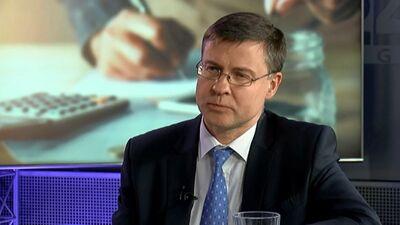"""Dombrovskis: """"Zaļā ekonomika"""" radīs daudz jaunu darbavietu"""