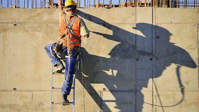Sviķis: Nepareiza plānošana būvniecības nozarē valstij var izmaksāt pusmiljardu