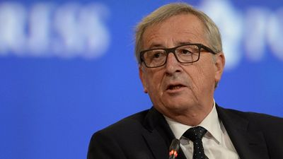 Junkera komisija bija ļoti politizēta, uzskata Zīle