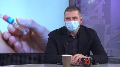 Rajevskis: Priekš kam vakcinācijas centri, ja ir tik maz vakcīnu?