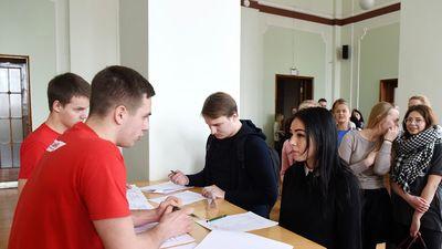 Reģionālās augstskolas Latvijā tiek uzturētas mākslīgi, uzskata Kreituse