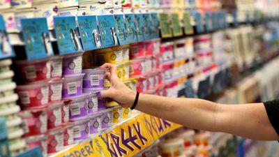 Danilāns: Metiet krūmos saldinātos jogurtus!