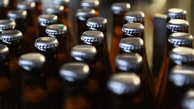 Šikors: Nav jācīnās ar alkohola ražotājiem - bet to, kādēļ tauta dzer