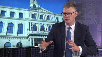 """""""Jaunā Vienotība"""" uzstāj uz politiski neitrālas personas iecelšanu Rīgas izpilddirektora amatā"""