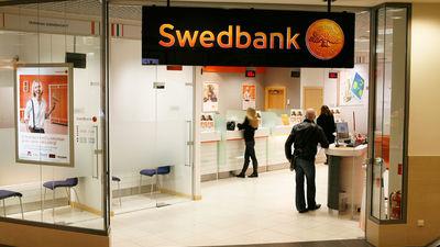 """Nedomāju, ka """"Swedbank"""" atklātā informācija """"nositīs"""", pauž Bergs"""