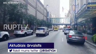 ASV uzbrucējs bankas ēkā nošāvis trīs cilvēkus