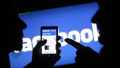 """Zakatistovs: """"Facebook"""", kā priekšvēlēšanu ierocis, ir pārvērtēts"""""""