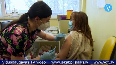 Jēkabpilī pret Covid-19 vakcinēsies 70 mediķi