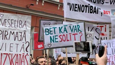 Nav skaidra arodbiedrību loma Latvijā, norāda Godmanis
