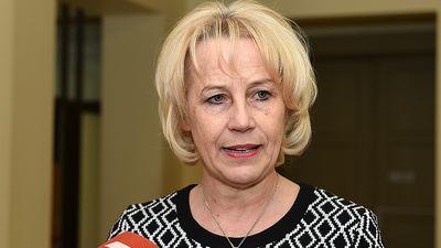 Ārstu biedrība vēl prezidentu - Līgai Kozlovskai liedz dalību vēlēšanās!
