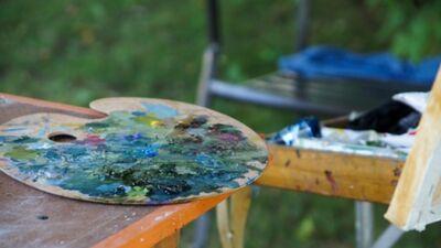 Kā Covid-19 krīze ietekmē māksliniekus?