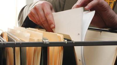 Politiķu lēmums par čekas maisu atvēršanu ir drosmīgs, pauž Gulbis