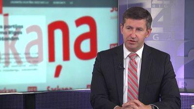 """Vjačeslavs Dombrovskis skaidro, kāpēc pametis """"Saskaņas"""" valdi"""