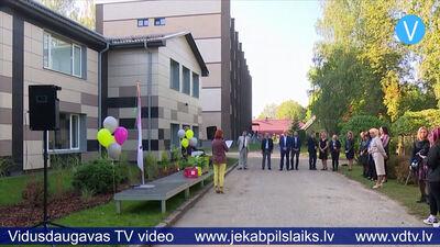 Svinīgi atklāj Jēkabpils Agrobiznesa koledžas siltinātās ēkas