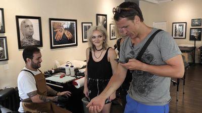 Intars Rešetins aizmūk no tetovēšanas salona