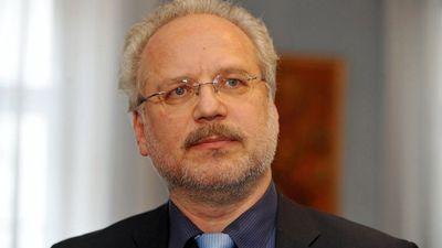 Levits ir izcilākā personība atjaunotās Latvijas vēsturē, uzskata Šimkus