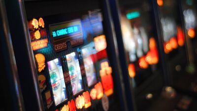 Zuzāns: Kāpēc jāaizver azartspēles internetā? Par to būs tiesu darbi!