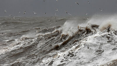 """Eiropā plosīsies vētra """"Ciara"""", kas skars arī Latviju"""