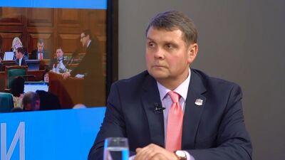 Адамович рассказывает о результатах работы депутатов от Латгалии