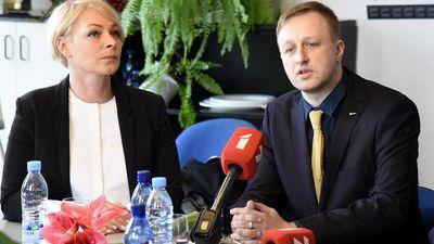 """""""Abi kandidāti veikuši cienījamu lēmumu,"""" Ašeradens par LTV valdes konkursu"""