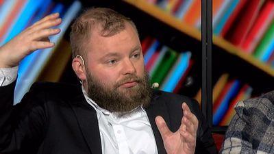 Mičerevskis: Latvijā politiķi apvaino viens otru un mēģina uzņemties KNAB funkcijas