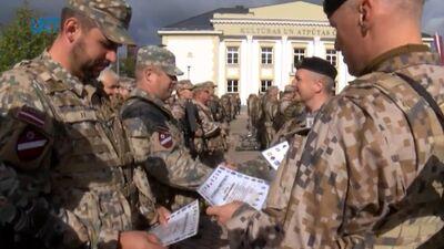 """Aizvadīta militāro mācību """"Namejs 2021"""" noslēguma ceremonija"""