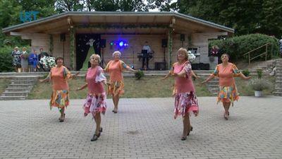 """Grāveru deju kolektīvam """"Li-Dejas"""" 10 gadu jubileja"""