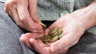 Solījums palielināt pensijas ir neizpildāms, domā Cālītis