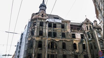 Marijas ielas māju ir iespējams atjaunot, ir pārliecināts Burovs