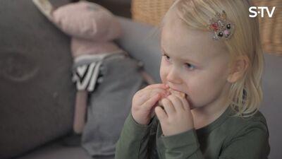 Cik bieži un cik daudz būtu vēlams našķoties bērniem?