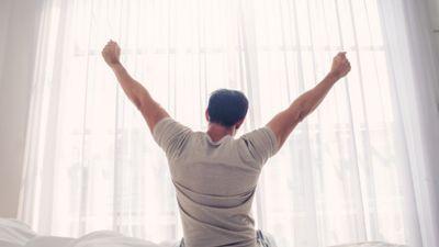 Katru rītu celies vienā un tajā pašā laikā un ēd atbilstoši gadalaikam!