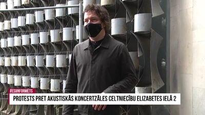 Arhitekts Uldis Lukševics protesta akcijā pret ēkas nojaukšanu Elizabetes ielā 2