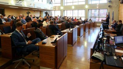 Advokāts: Ārkārtas vēlēšanas RD neko nemainīs