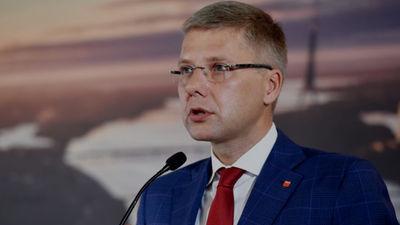 Tikai vēlētāji ir tiesīgi atlaist Ušakovu, uzskata Dombrovskis