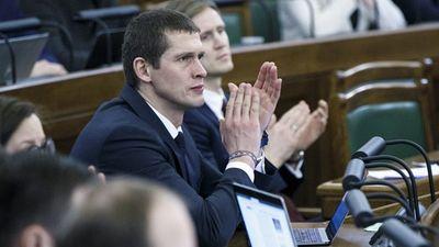 Kādēļ JKP balsoja pret deputāta Juraša izdošanu kriminālvajāšanai?
