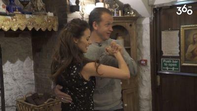 Rešetins mācās īru dejas!