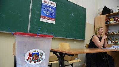 Kādēļ daļai iedzīvotāju mainījušies vēlēšanu iecirkņi?