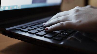 Nodokļu maksātājiem saziņa ar VID varētu būt tikai elektroniska