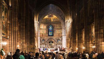 Pirmo reizi 200 gados Parīzes Dievmātes katedrālē nesvinēs Ziemassvētkus