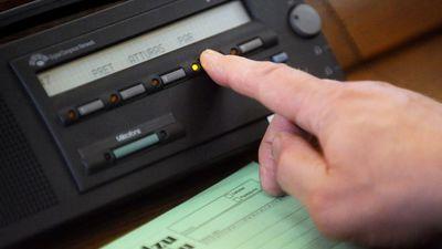 Cimdars: Atklātais balsojums ļauj kontrolēt deputātus