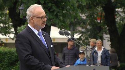 Prezidenta Egila Levita uzruna pie Brīvības pieminekļa