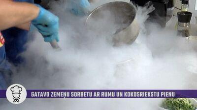 """Liepupes muižas šefpavārs Roberto virtuvē """"uzkuļ"""" dūmu mutuli!"""