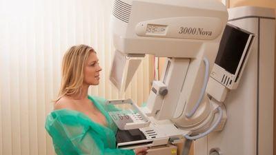 Joprojām maz sieviešu izmanto bezmaksas mamogrāfijas pārbaudi
