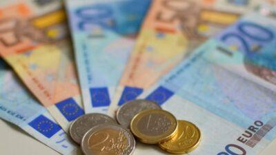 Vai garantētais minimālais ienākums neatbilst Satversmei?