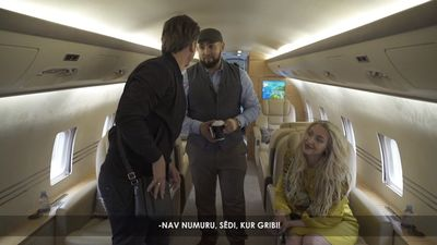 Rešetins ticis pie privātas lidmašīnas!?