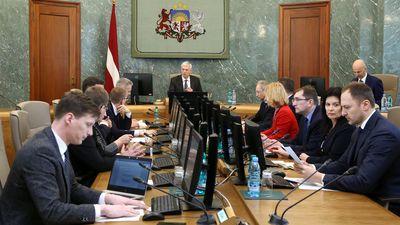 5 ministri nav saņēmuši atbildi par pielaidi valsts noslēpumam