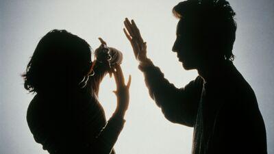 Vai koronavīrusa pandēmija veicinās vardarbību ģimenēs?