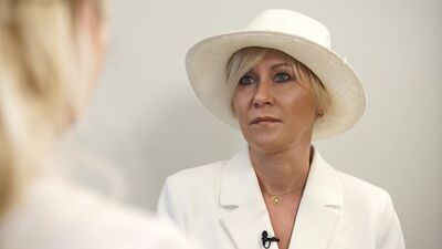 Aktrise Rēzija Kalniņa veic sirds slimību risku analīzes ģenētisko testu